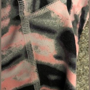 lululemon athletica Pants - Lululemon Wunder Under Pink Wamo Camo Crop Legging